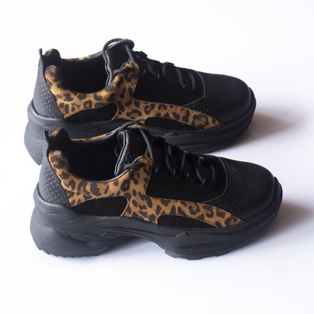 Sneakers Africa